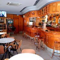 Hotel Pictures: Hostal Romi, Cantalejo
