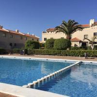 Hotel Pictures: Bungalow Mencey, El Médano