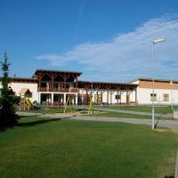 Hotel Pictures: Sportovní areál Horní Počaply, Horní Počaply