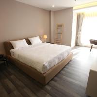 Hotel Pictures: D'Anggerek Serviced Apartment, Bandar Seri Begawan