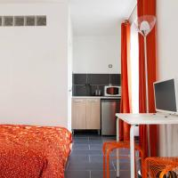 Hotel Pictures: 35 rue Edouard Vaillant, Pantin