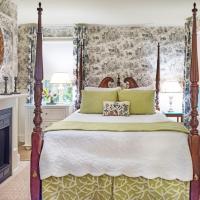 Queen Room - Garden Room