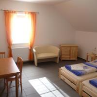 Hotel Pictures: Penzion Na Podlesí ve Zlaté Koruně, Český Krumlov
