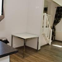 Deluxe One-Bedroom Apartment (4 Adults)