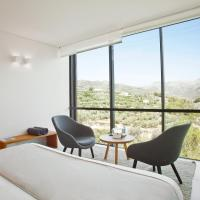Double Room with Mountain View