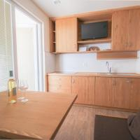One-Bedroom Apartment with Terrace (2 Adults + 2 Children)