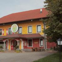 Hotel Pictures: Landgasthof Franz Josef, Strasswalchen