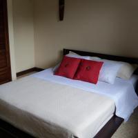 Hotel Pictures: Beach Walk Avellanas - Casa2, Playa Avellana