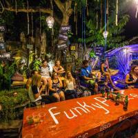 Φωτογραφίες: Funky Place, Lovina