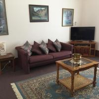 Hotel Pictures: Aarn House B&B Airport Accommodation, Perth