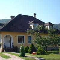 Hotel Pictures: Gästezimmer Schmelz, Dürnstein