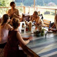 Hotel Pictures: Casa Kayam Hostal, Guatapé