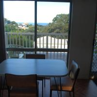 Hotel Pictures: Lookout Holiday Units, Lakes Entrance