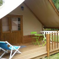 Hotel Pictures: Camping Domaine Des Gabelous, Salins-les-Bains