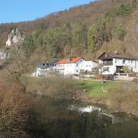Hotel Pictures: Ferienwohnung Strehler, Kipfenberg