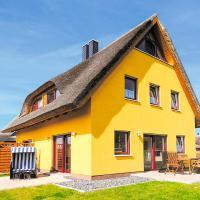 Hotel Pictures: Reetdachhaus mit Sauna und Boddenblick - D 128.036A, Vieregge