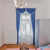 Luxury Two-Bedroom Apartment with Balcony - Szent J. u. 12.