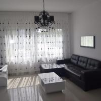 Hotel Pictures: White Suit Apartment, Kyrenia