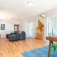 Apartment on W Belmont Avenue 3F