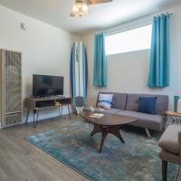 Apartment on Riviera Avenue