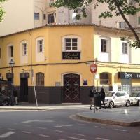 Hotel Pictures: Hostal Regina, Palma de Mallorca