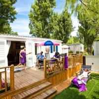 3-Bedroom Mobile Home with Terrace