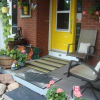 Hotel Pictures: Paddington Place Bed & Breakfast, Oshawa