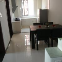 Hotel Pictures: Tangshan Bay Sanbei Port Liangzi Seaview Family Apartment, Laoting