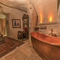 Grand Cave Suite