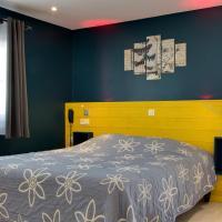 Hotel Pictures: La Maison du Lac, Thionne