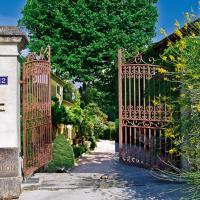 Hotel Pictures: Mas Lou Figoulon, Saint-Rémy-de-Provence