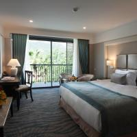 Standard Double or Twin Room with Mountain View