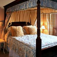Room with Four-Poster Bed