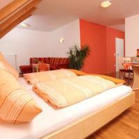 Hotel Pictures: Gasthof-Pension Brauner Hirsch in Alfeld - Mittelfranken, Alfeld