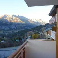 Hotel Pictures: Jardin Alpin 204, Le Sauze
