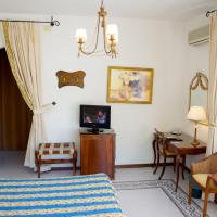 Deluxe Double or Twin Room with Terrace and Pool View