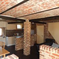 Hotel Pictures: Holiday Home Hof ter Roosebeke, Westrozebeke