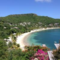 Hotel Pictures: Blue Moon Antigua, English Harbour Town