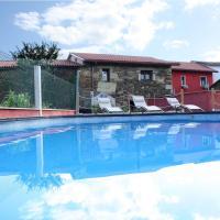 Hotel Pictures: Aldea Rural A Cortiña, Pepín