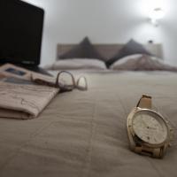 One-Bedroom Apartment Scirocco