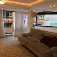 Hotel Pictures: Cobertura Silva E Silva, Meia Praia