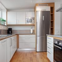 Deluxe Apartment (7 Adults)
