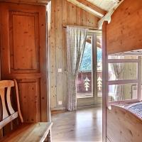 Five-Bedroom Chalet with Garden