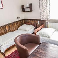 Sextuple Room