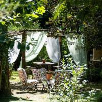 Hotel Pictures: Cabaña Los Alcanfores, Tigre