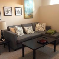 Hotel Pictures: Coquitlam Westwood Spacious Suite, Port Coquitlam