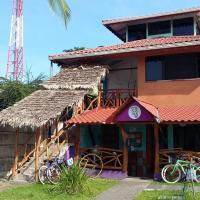 Hotel Pictures: Hostel Kinkaju, Puerto Viejo