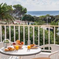 Apartment with Sea View (4 Adults + 2 Children)