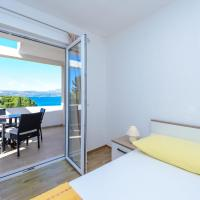 Superior One-Bedroom Apartment with Balcony and Sea View A2