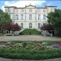 Hotel Pictures: Château de la Condamine, Saint-Hippolyte-de-Caton